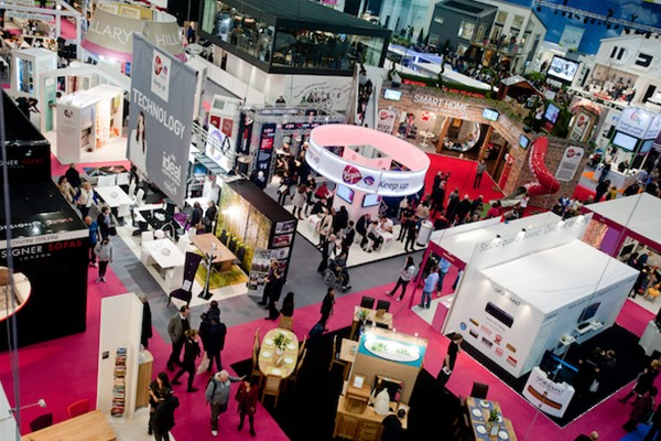 Making Your Trade Show Booth the Go-To Stop